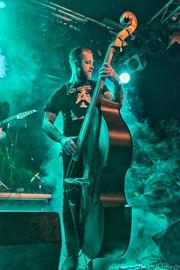 Dirt A Gogo (bassist)