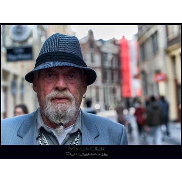 straat portret serie man zeedijk